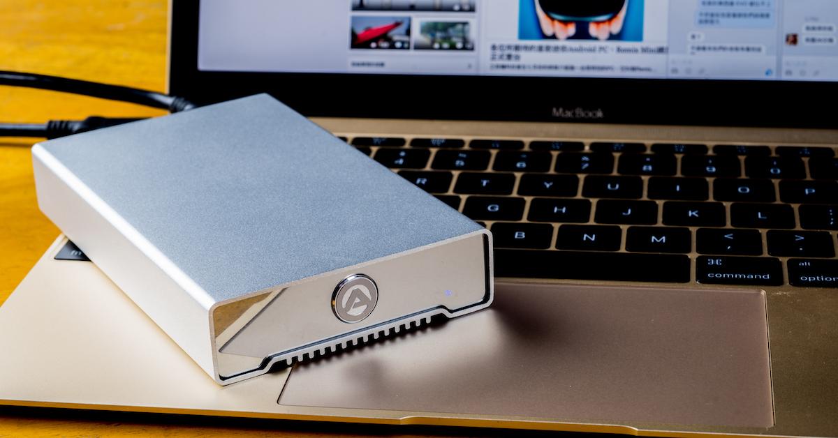 AKiTiO 冰極光 Neutrino USB 3.1 Gen2 Type-C 硬碟外接盒評測:便宜又快速的電腦容量擴充好物