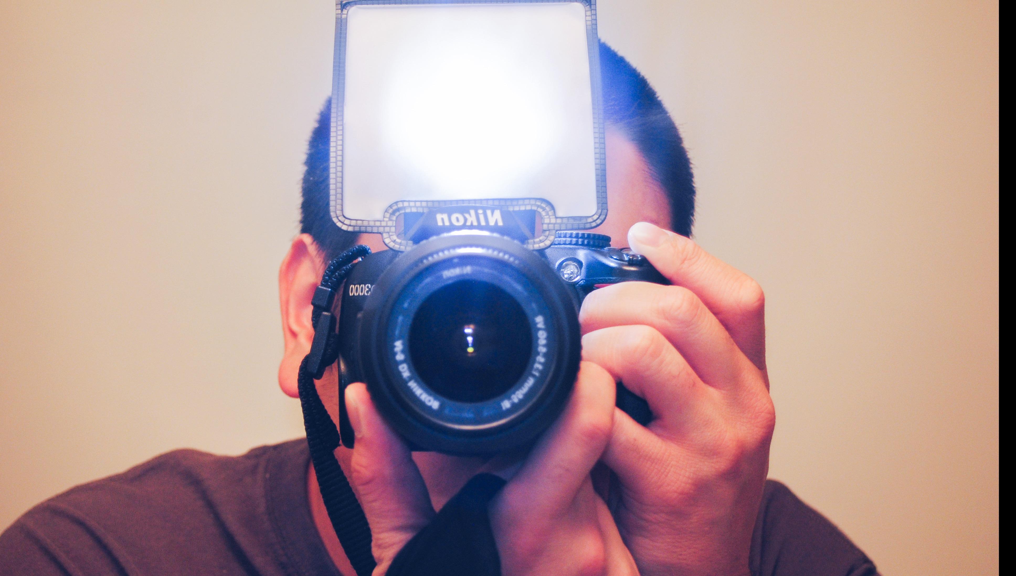 新手解惑!如何選擇閃燈模式,讓攝影作品脫離「路人風」?