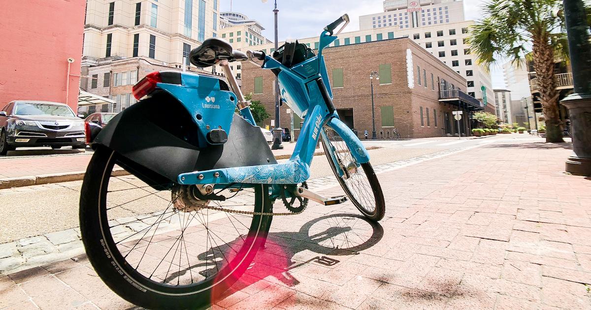 紐奧良之旅 – 自帶停車樁的在地租借單車「Blue Bike NOLA」