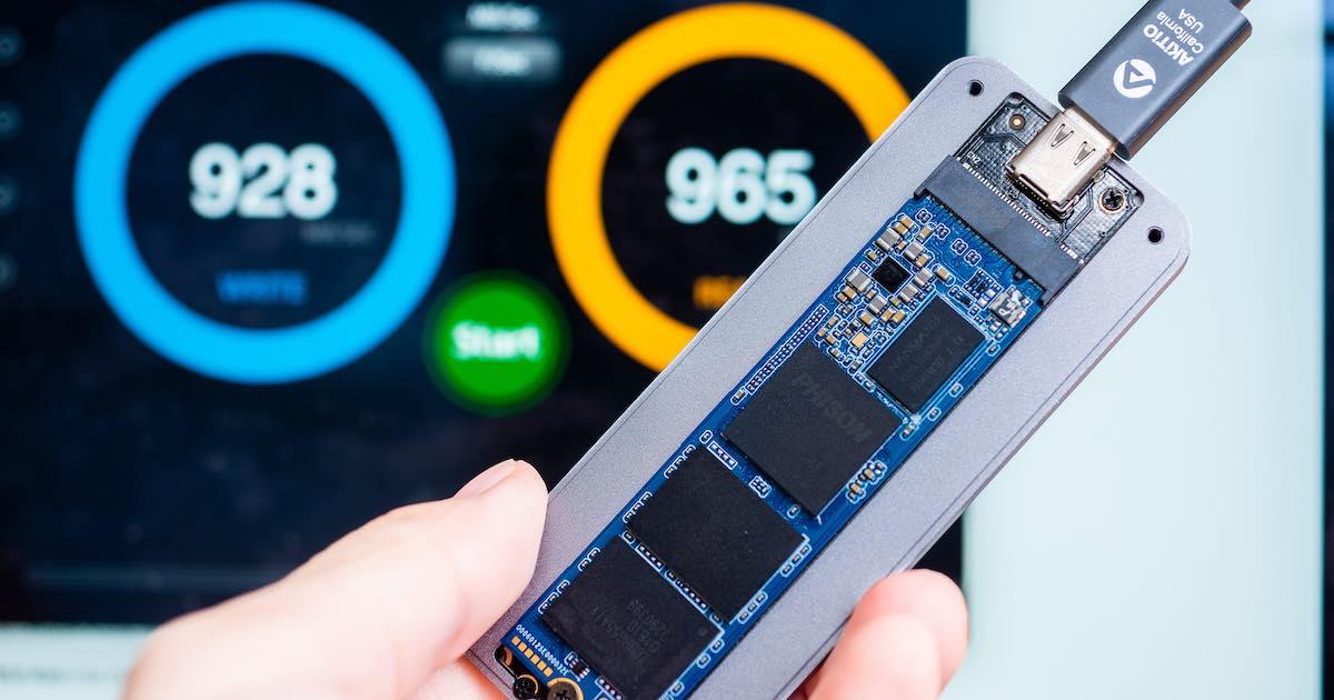 TEKQ 583 NVMe 10Gbps USB Type-C SSD 外接盒評測:價格與速度的平衡之作